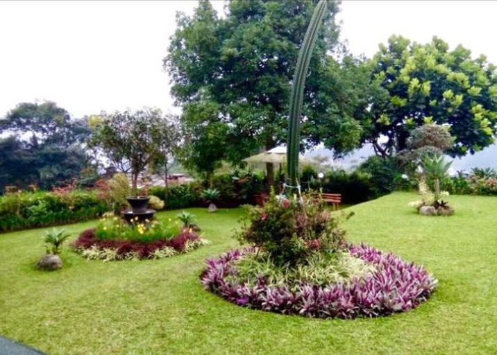Villa Pradapa 4BR 8 Guests INSTAGRAMABLE, Bogor