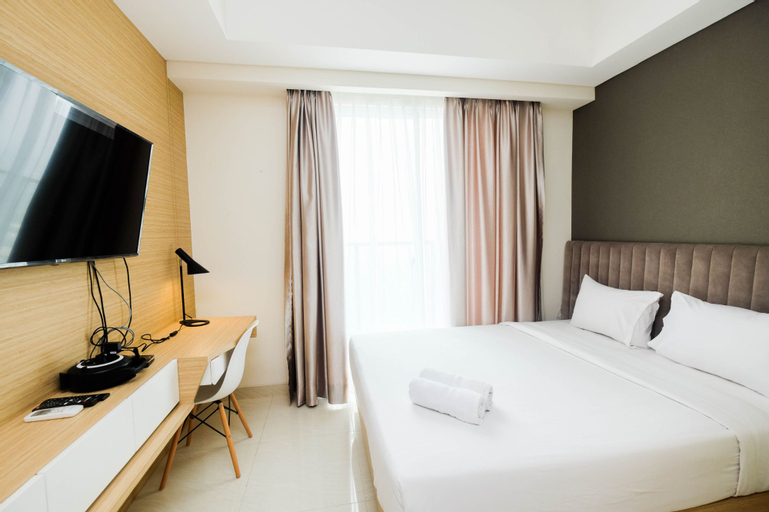 New Furnished and Homey Studio at Sedayu City Suites Apartment By Travelio, East Jakarta