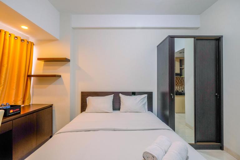 Warm and Cozy Studio Apartment at Margonda Residence 5 By Travelio, Depok