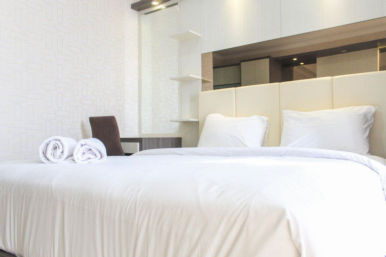 Nice and Fancy Studio Room at Menteng Park Apartment By Travelio, Central Jakarta