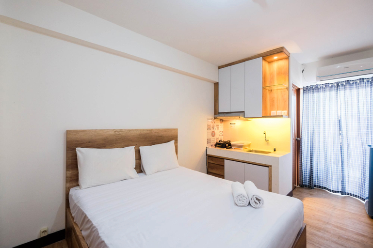 Simple and Homey Studio Room at Cinere Resort Apartment By Travelio, Depok