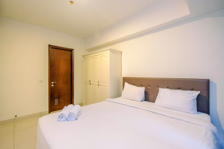 Comfortable and Minimalist 2BR The Kensington Royal Suites Apartment By Travelio, North Jakarta