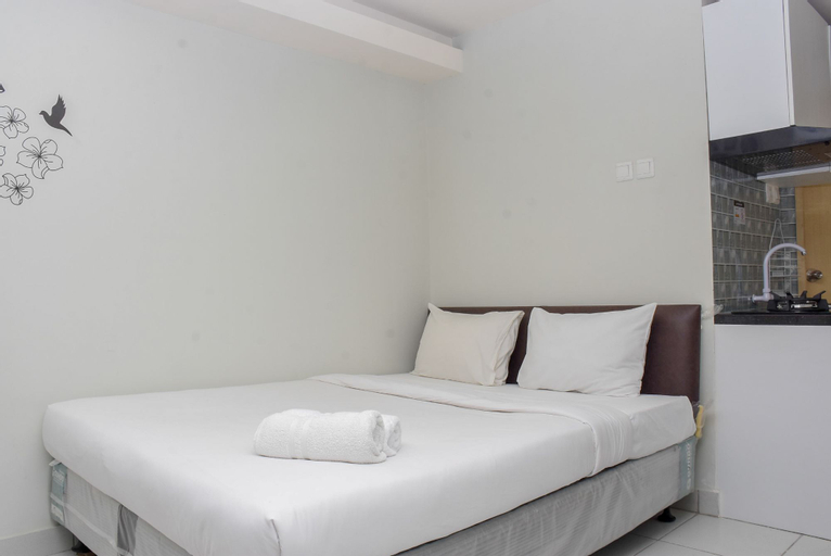 Cozy and Comfy Studio at Amethyst Apartment By Travelio, Central Jakarta
