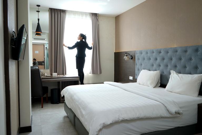 Opa Hotel Palembang, Palembang