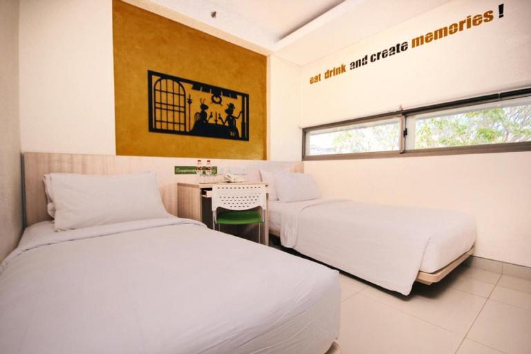 Grandmas Plus Hotel Legian, Badung