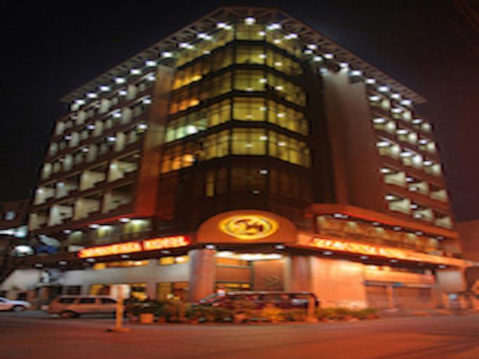 Maxandrea Hotel, Cagayan de Oro City