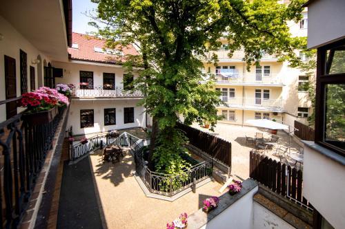 Hotel Amadeus, Praha 8