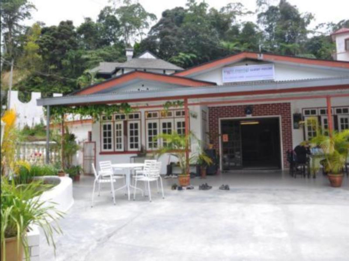 Eight Mentigi Guest House, Cameron Highlands