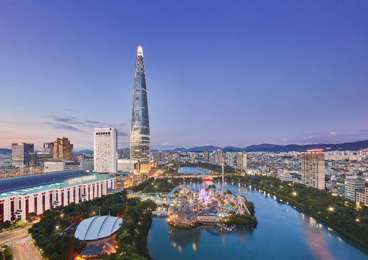 Lotte Hotel World, Gwang-jin