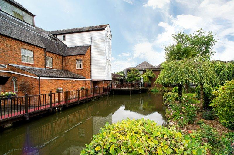 The Watermill Hotel Sure Hotel Collection by Best Western, Hertfordshire