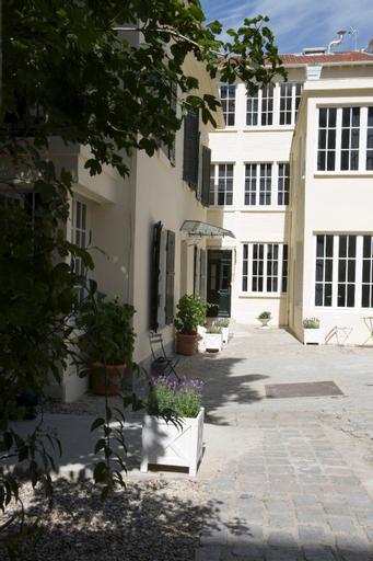 Suites Helzear Montparnasse, Paris