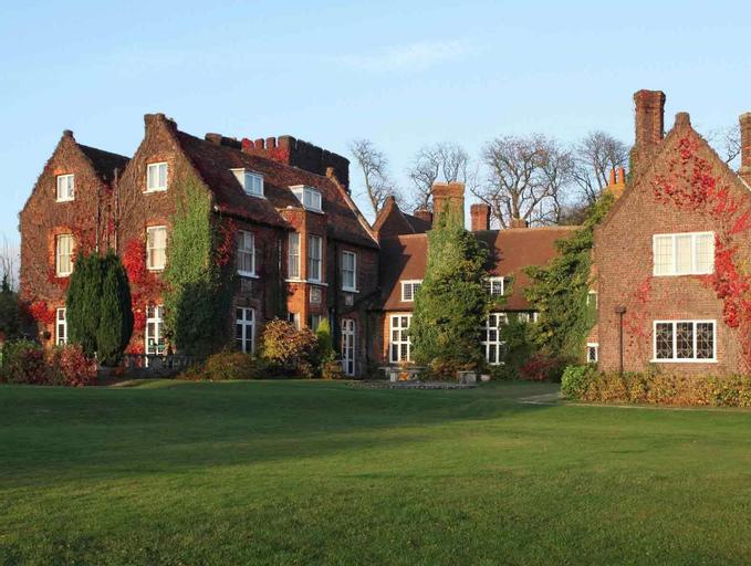 Mercure Letchworth Hall Hotel, Hertfordshire