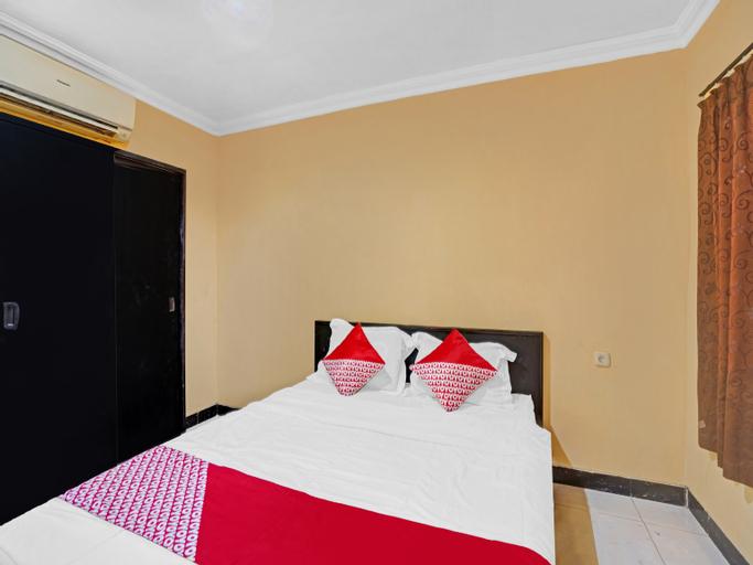 OYO 90477 Kedung Anyar Residence, Surabaya