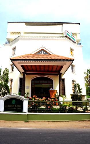 Holiday Hotel Cherai, Ernakulam