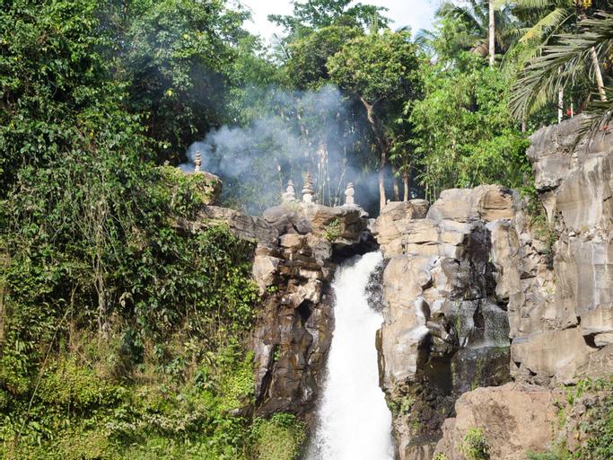 Imagine Your Family Renting a Luxury Holiday Villa Close to Seminyak's Main Attractions, Villa Bali, Badung