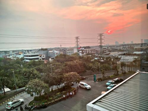 Homie 2BR at Green Bay Pluit Apartment, North Jakarta
