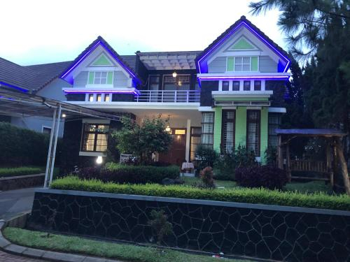 Eton Asia Kota Bunga Villas, Cianjur