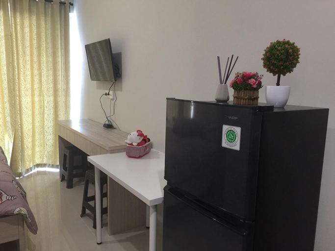 Clean & cozy studio @puri area, West Jakarta