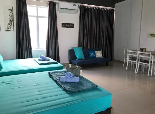 Near Airport, 1 Big Bedroom for 5pax, Free Pickup., Batam