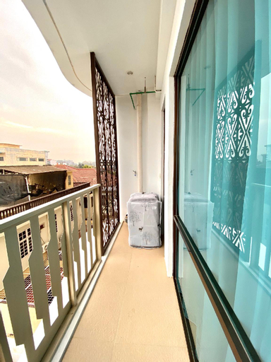 The Wahid Private Residences / Mike's Apartment, Medan