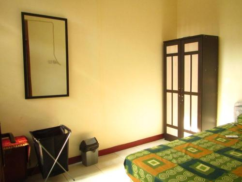 Golden island Homestay, East Jakarta