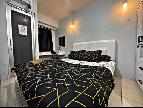 Stylist & Minimalist Studio 1BR Fast WIFI @Green Bay Pluit Apartment, North Jakarta