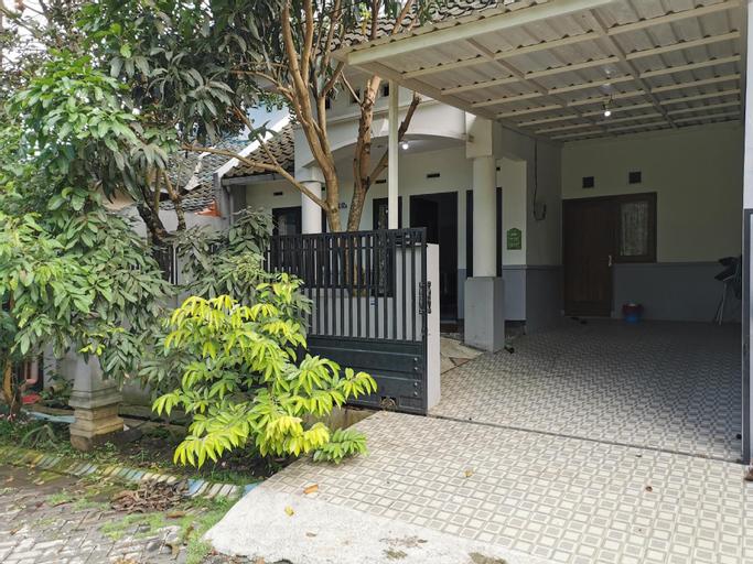 Cozy villa @oma view malang, Malang
