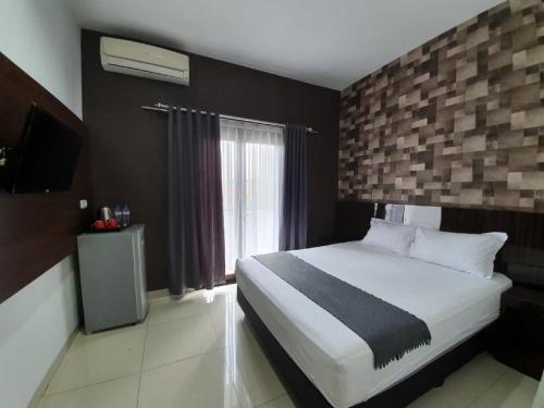 Aira Rooms Anggrek Serat BSD, South Tangerang