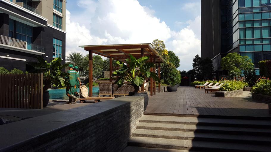 Zantedeschia 'Nest @ Residence 8 Senopati Jakarta, South Jakarta