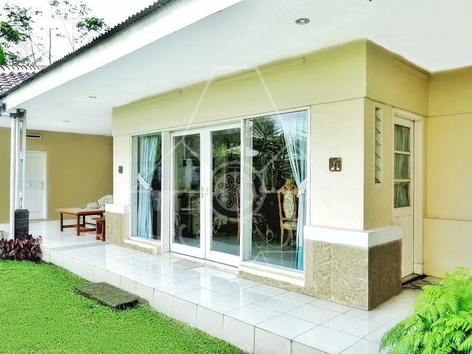 5BR Villa @ Wisma Halim Villas & Conference, Bogor