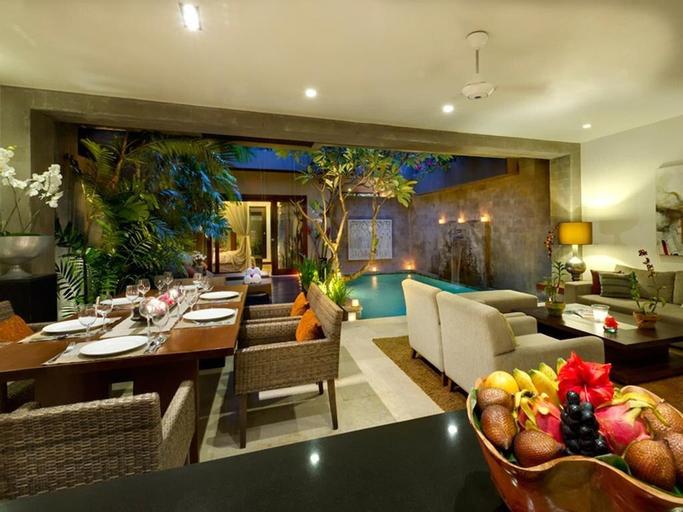 2BR Villa With Pool View+B'fast @Seminyak, Badung
