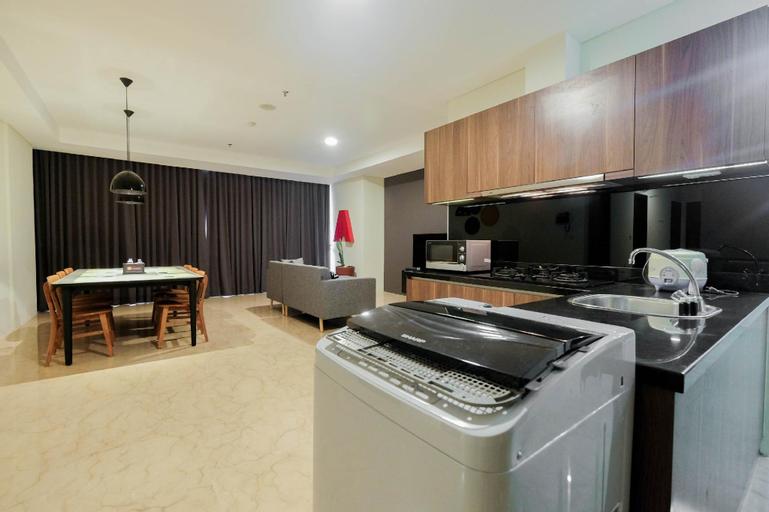 Cozy 3BR Pancoran L'Avenue Apartment By Travelio, South Jakarta