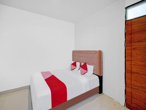 OYO 3051 Stm Suite, Medan