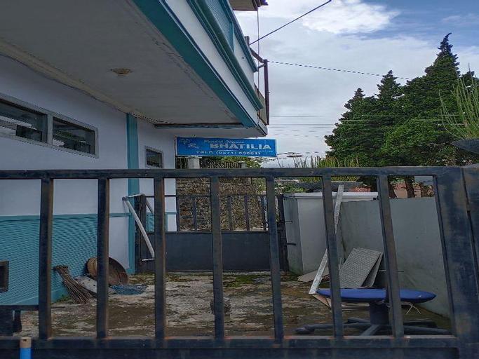 Villa Bhatilia, Karanganyar
