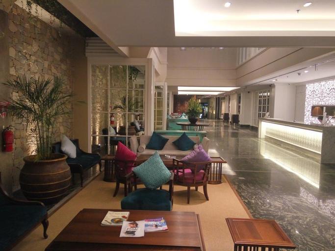 Deluxe Premier Pool Access-Breakfast JOS, Badung