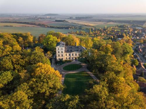 Chateau Mcely Hotel, Nymburk