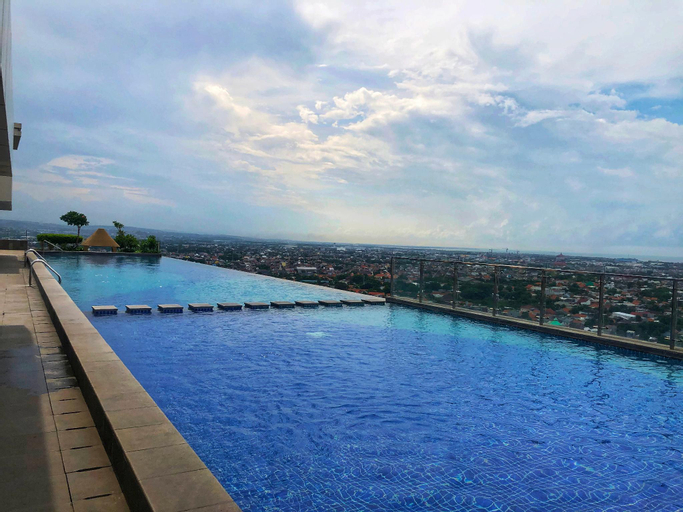 Super Cozy Entire Apart with Infinite Pool, Semarang