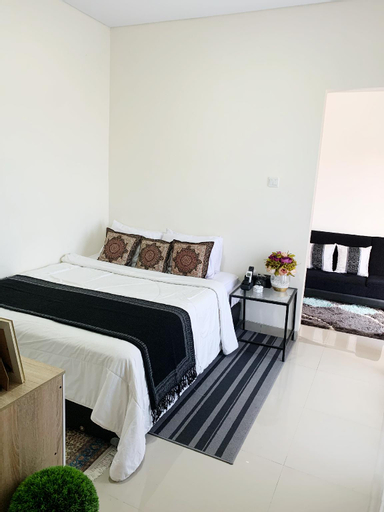 COZY APARTMENT WITH BALCONY IN MIDDLE OF DENPASAR, Denpasar