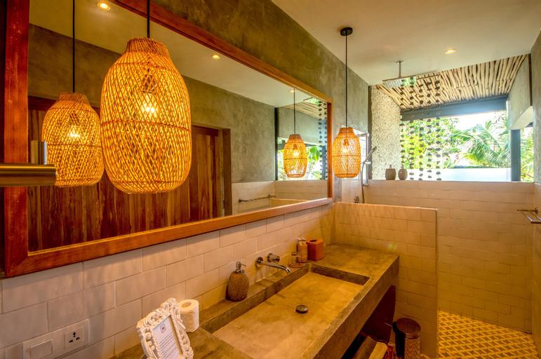 Villa Kanan - Luxury Seaview Pool Villa, Lombok