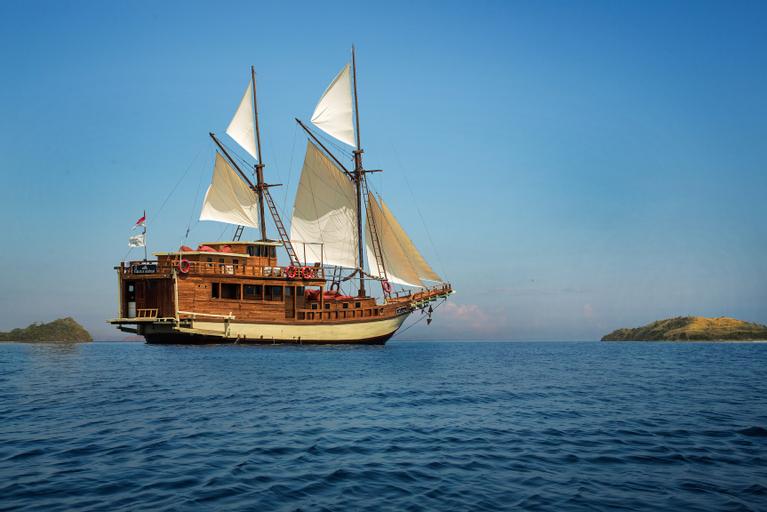 Plataran Private Cruise, West Manggarai