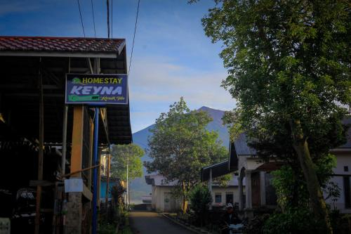KERINCI Sewa Rumah dan Kamar Liburan Keyna Homestay, Kerinci
