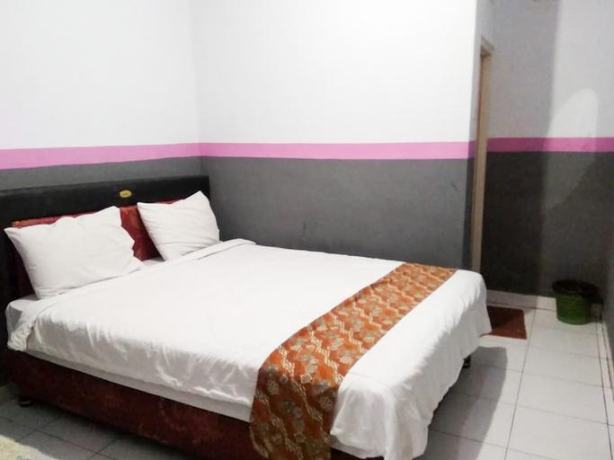 Ranaka Hotel, Manggarai