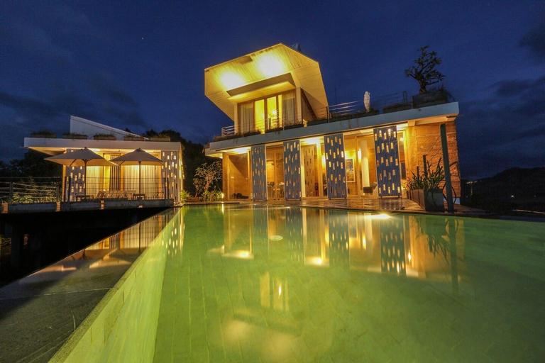 Luxury Villa near Selong Belanak Beach, Lombok