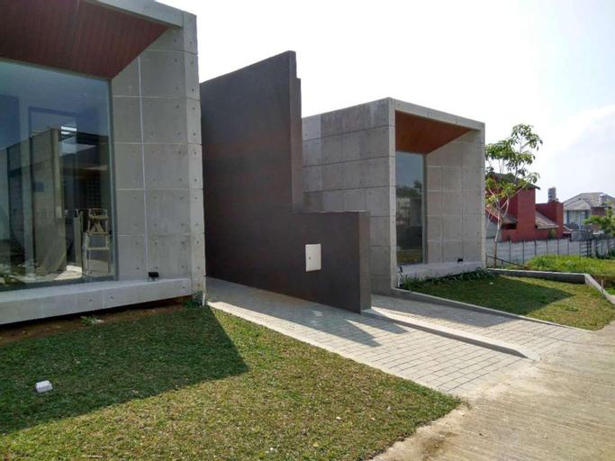 Villa Adiel 1, Malang