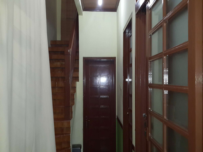 Villa Kota Bunga Ade - 0620, Bogor