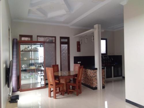 Villa Sayid 99, Bogor