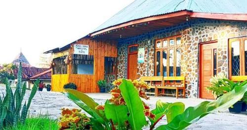 TODO PURANG TEDENG HOME STAY, Manggarai