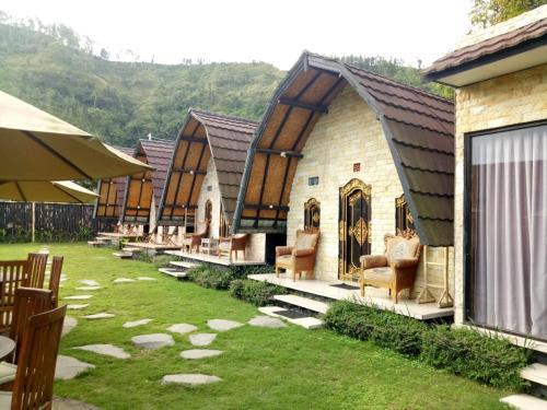 Zelobi Omnivora Cottage, Bangli