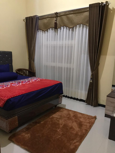"""Home stay shafa """"The right choice for rest"""", Malang"""
