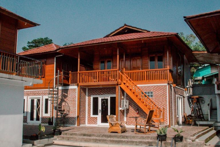 Villa Rival Cisarua, Bogor